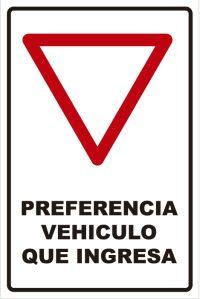 señaletica transito preferencia vehiculo que ingresa